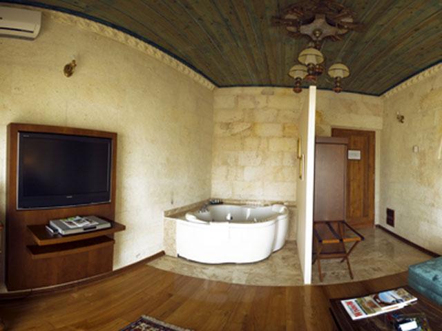 Cappadocia Cave Resort & Spa - Deluxe Suite