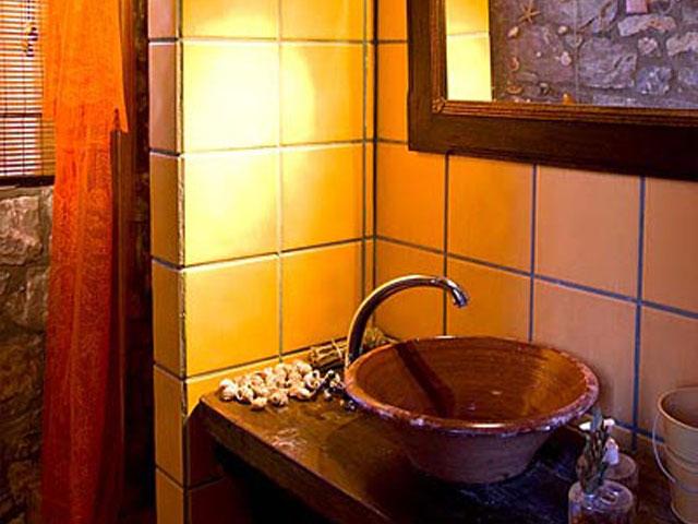 Aoritis Villas: Villa Rozare Bathroom