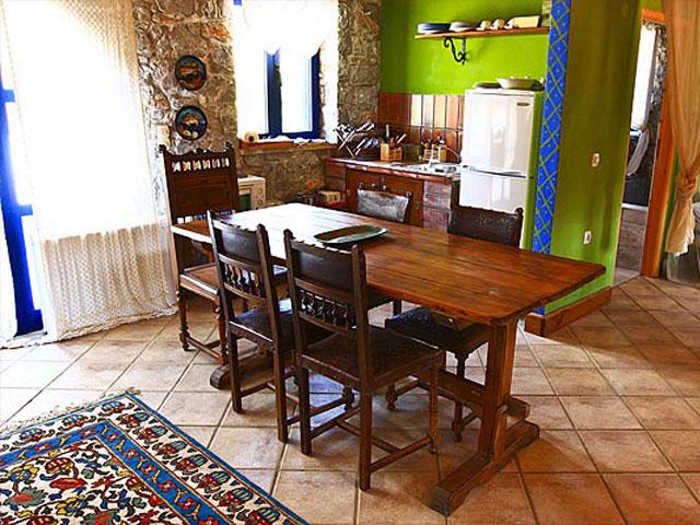 Aoritis Villas: Zygardele Apartment Kitchen