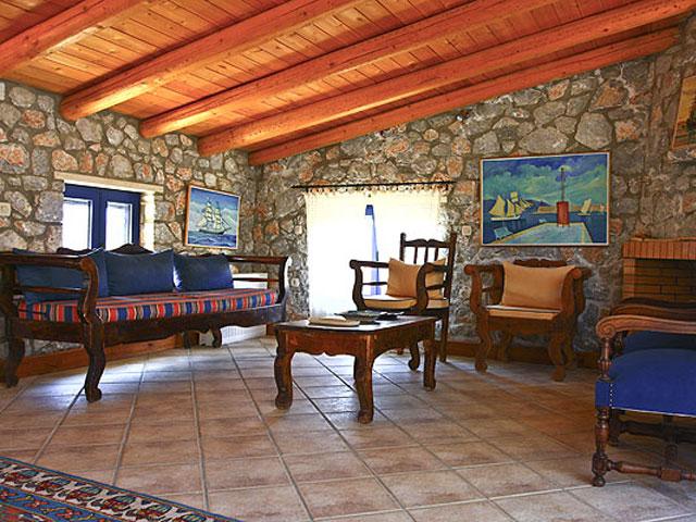 Aoritis Villas: Zygardele Apartment Living Room