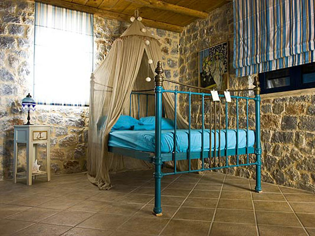 Aoritis Villas: Attitamos Maisonette Bedroom