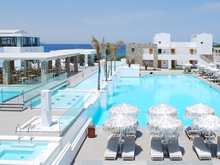Diamond Deluxe Hotel and SPA: Pool View