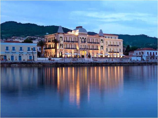Poseidonion Grand Hotel: Exterior View at Night