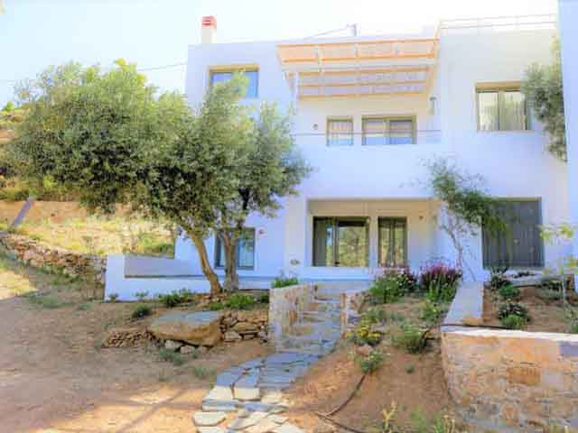 Mourtzanakis Residence:
