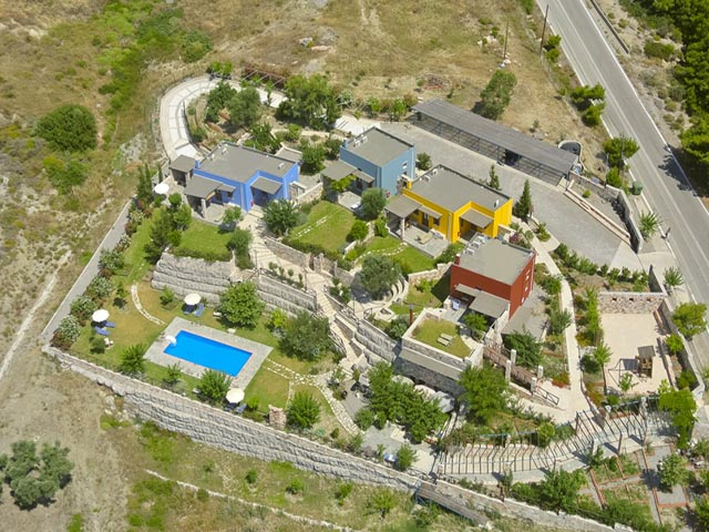 Petroto Traditional Villas