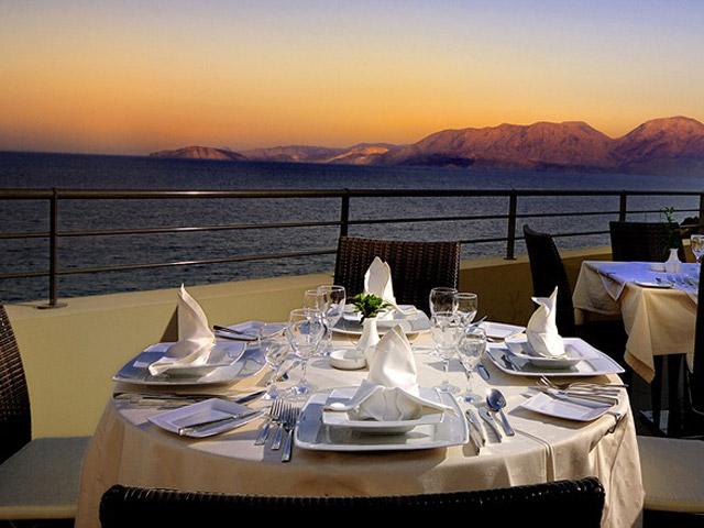 Blue Marine Resort & Spa: Restaurant