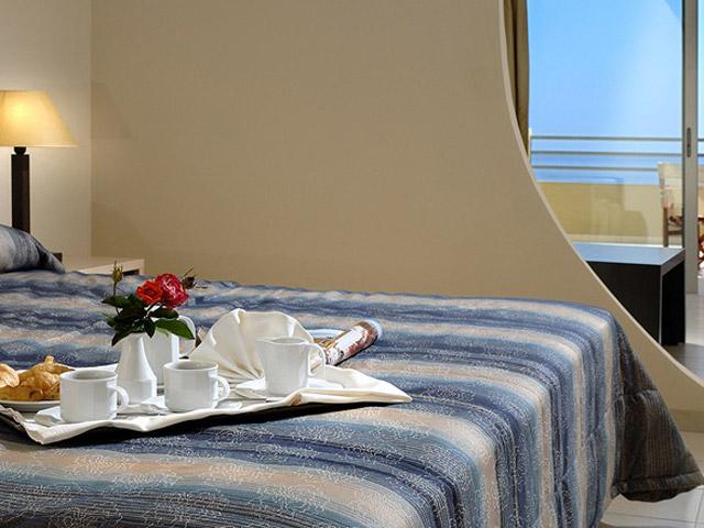 Blue Marine Resort & Spa: Bedroom
