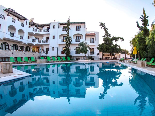 Special Offer for Club Lyda Hotel - Super Early Bird  for 2021 !! Save up to 40% !! LIMITED TIME !!