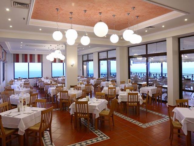 King Minos Palace Hotel & Bungalows