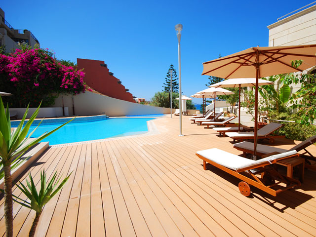 Macaris Suites & Spa - Swimmng Pool