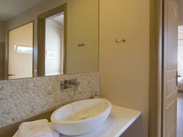 Ideales Resort - Corali Villa:Bathroom