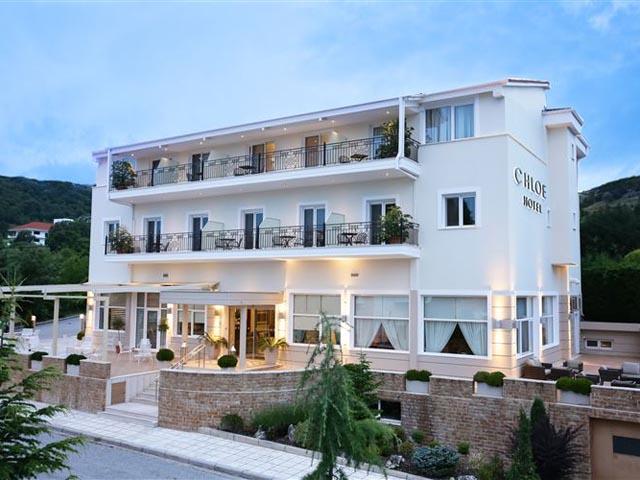 Chloe Hotel