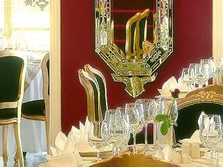 Hotel Loutraki Palace: Restaurant