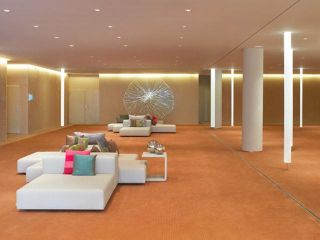 W Barcelona - Great room- Foyer