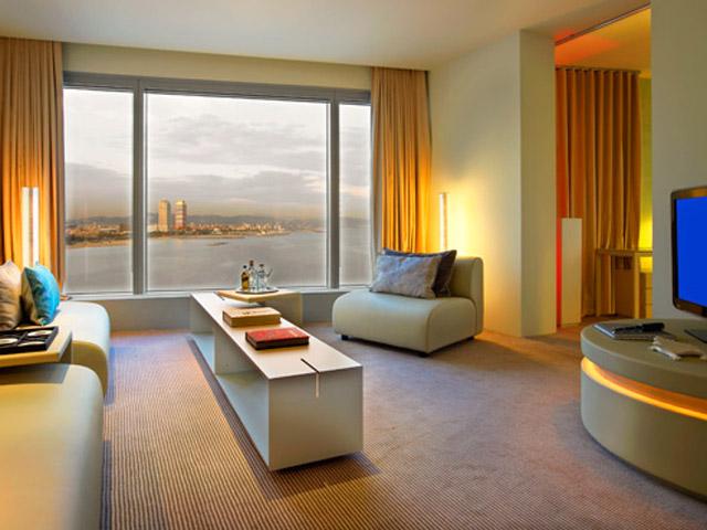 W Barcelona - Cool Corner Suite- Living Room