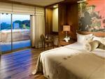 Superior Laguna Room