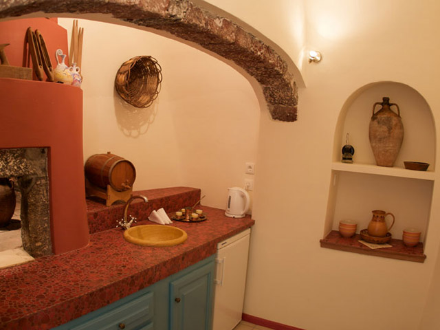Santorini Luxury Villas: Dream Luxury Villa- kitchen