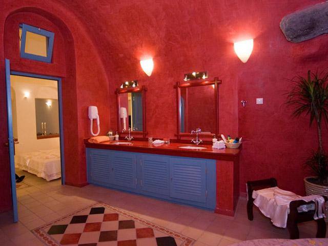 Dream Luxury Villa- bathroom
