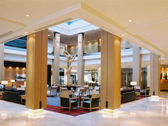 Hilton Vienna Hotel - Lobby