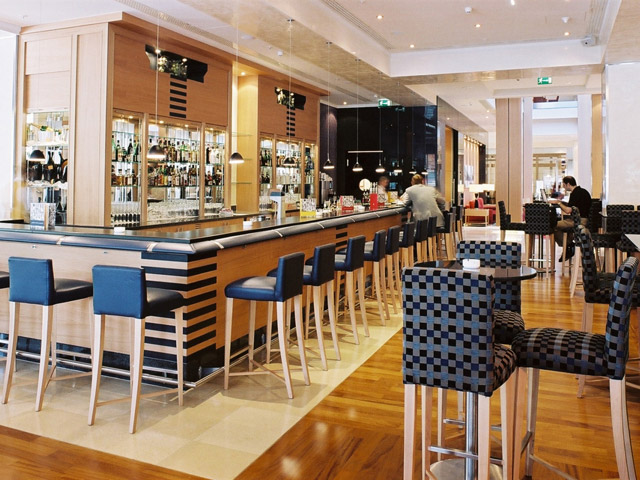Hilton Vienna Hotel - Bar