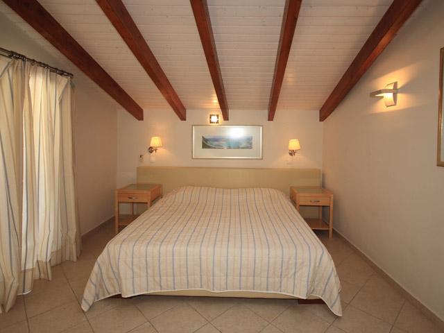 Zigouris House Bedroom