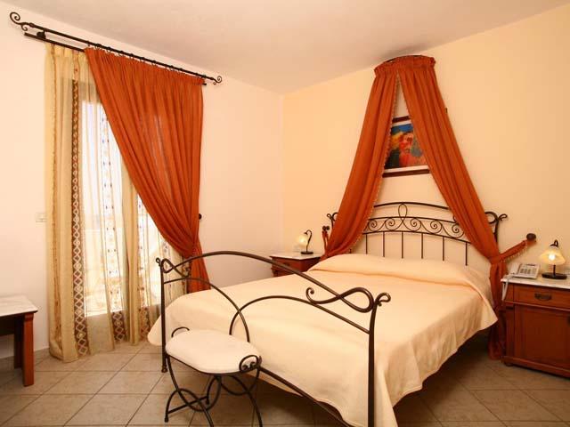 Naxos Resort Beach Hotel: