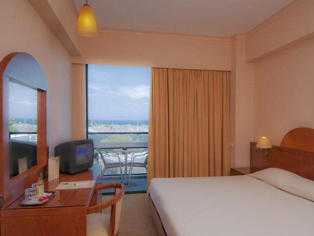Alexandra HotelRoom