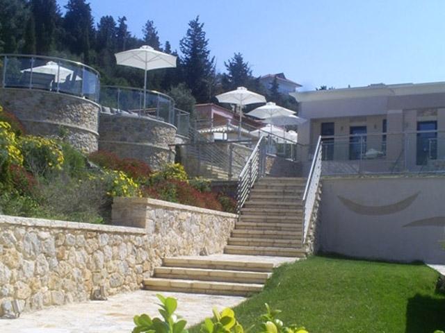 Karvouno Villas: Exterior View