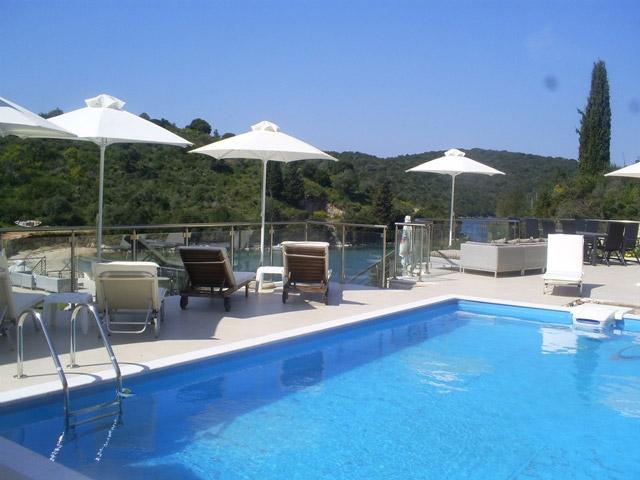 Karvouno Villas: Pool Area
