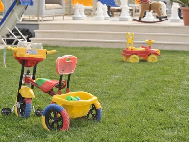 Karvouno Villas: Play area
