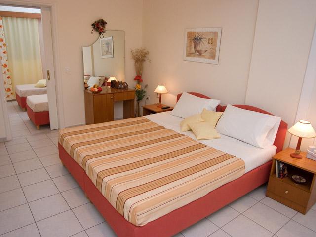 Karvouno Villas: Bedroom