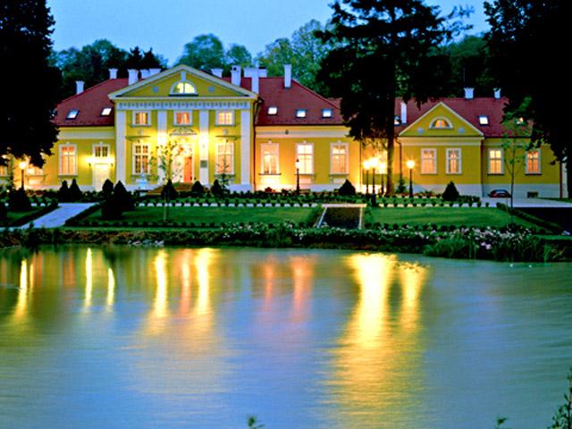 Hertelendy Castle HotelExterior View