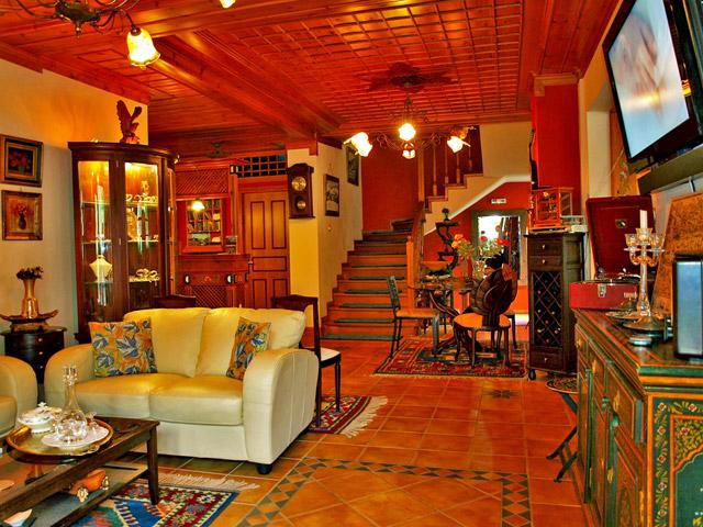 Melina Hotel: Interior View