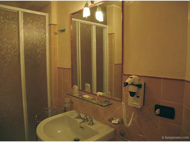 Villa Moorings - Bathroom