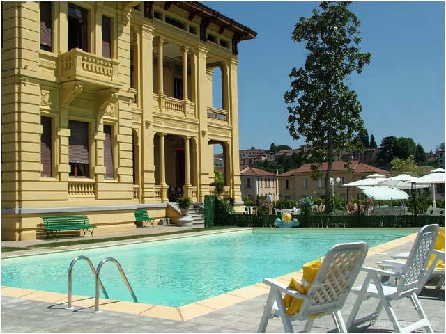 Villa Moorings - Exterior View