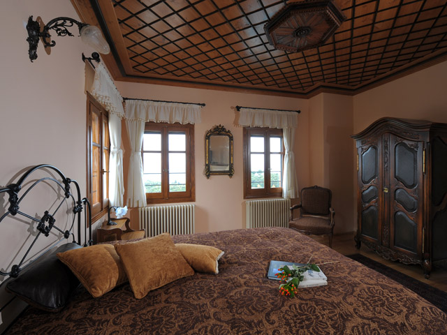 Sakali Mansion - Bedroom
