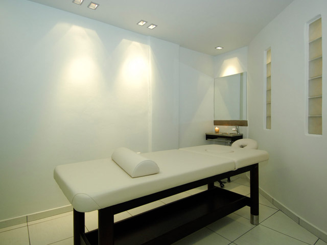 Minois Village Hotel Suites & Spa - Massage cabinet