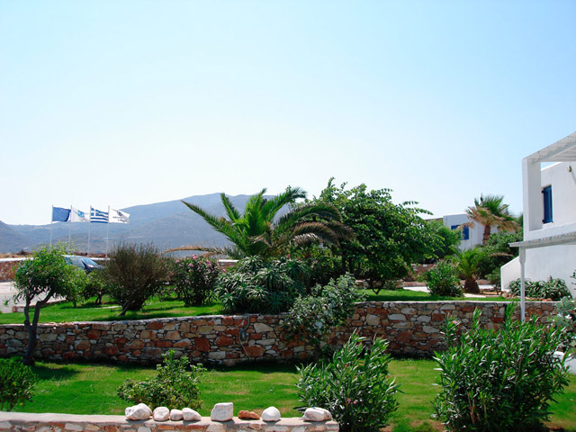 Minois Village Hotel Suites & Spa: Exterior view