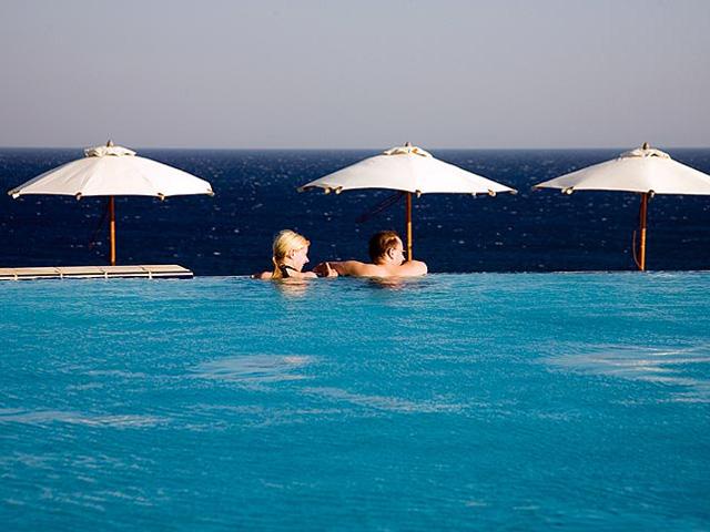 Kalithea Mare & Horizon Hotel: Swimming pool