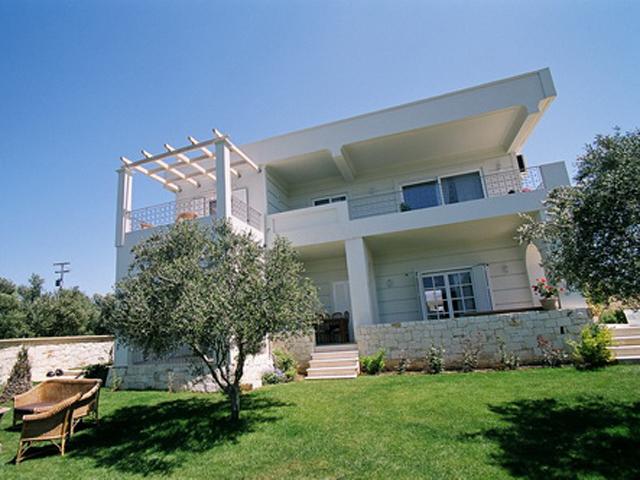 Rodanthi Luxurious Villas: Swimming Pool