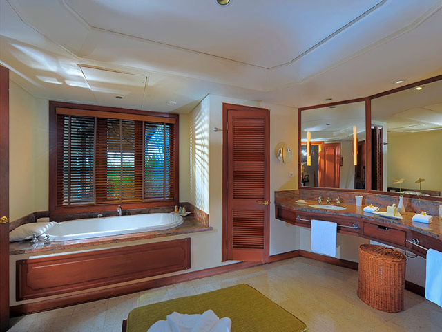 Constance Le Prince Maurice Mauritius: Junior Suite Bathroom