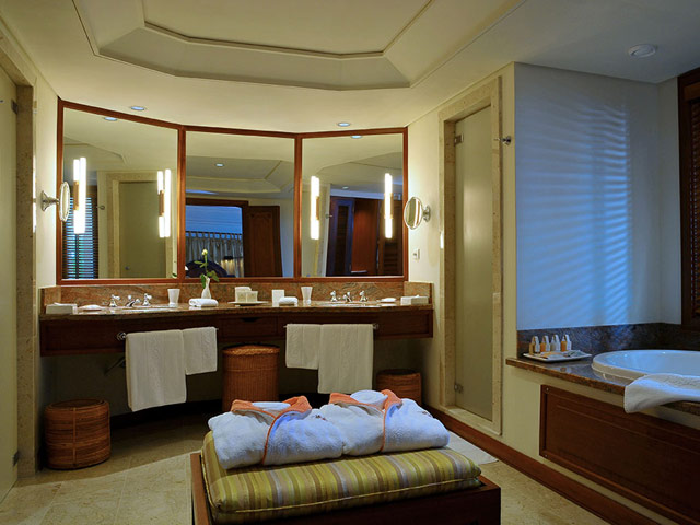 Constance Le Prince Maurice Mauritius - Princely Suite Bathroom