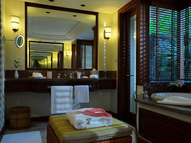 Constance Le Prince Maurice Mauritius: Senior Suite Bathroom