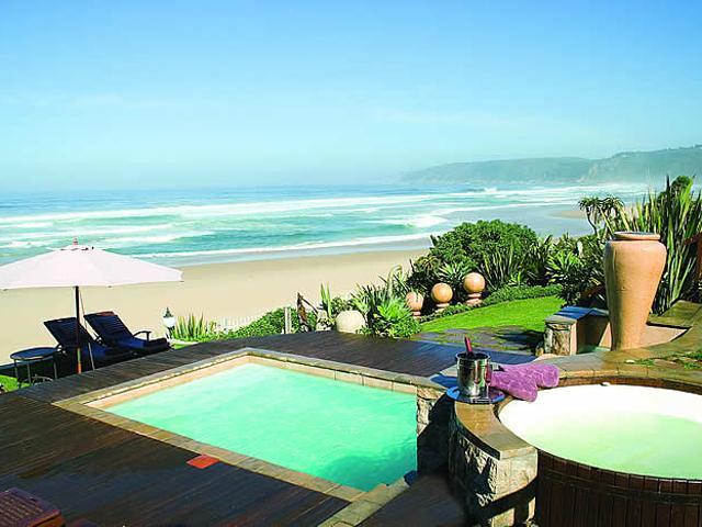 Xanadu Guest Villa - Swimming Pool