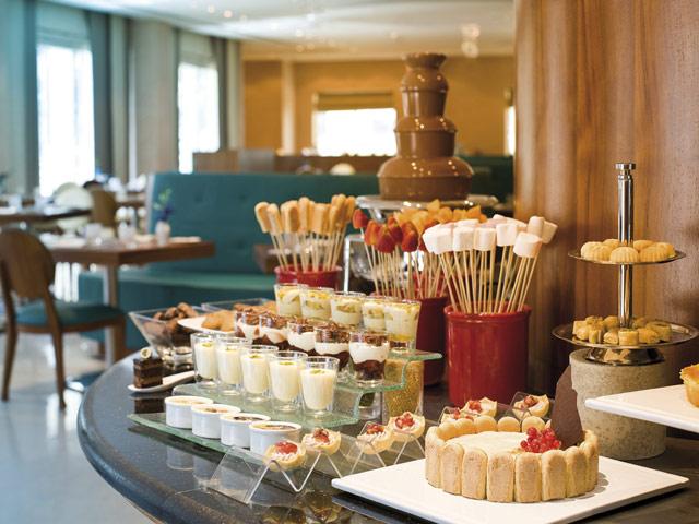 Moevenpick Hotel Deira - Buffet