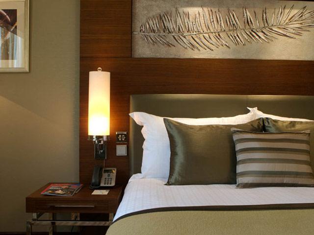 Grand Millennium Hotel Dubai - Superior & Deluxe Room