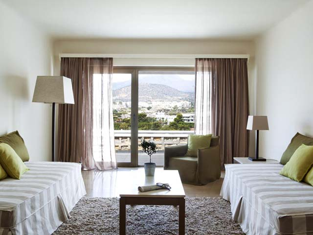 Minos Palace Hotel & Suites: