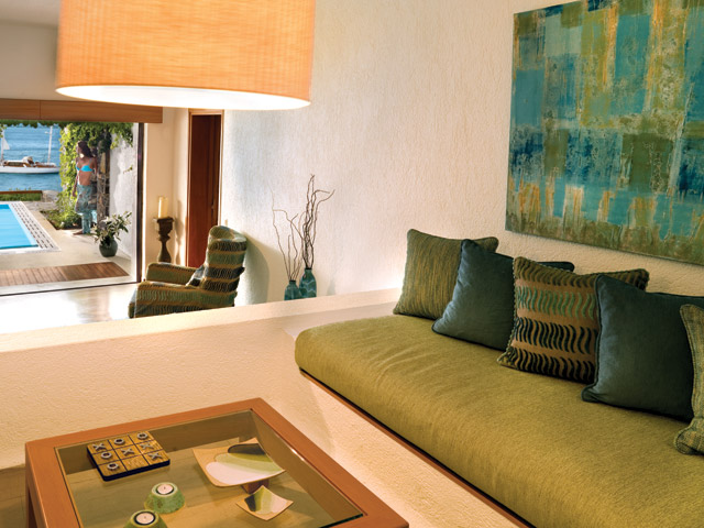 Elounda Peninsula All Suite Hotel: Presidential Suite Living Room