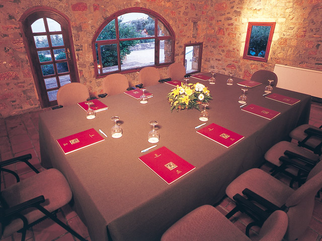 Elounda Mare Hotel - Relais & Chateaux - Meeting Room