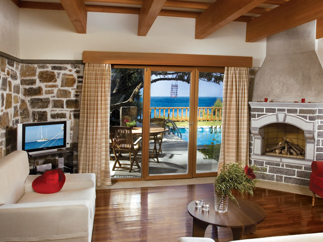 Elounda Mare Hotel - Relais & Chateaux - KnossoS Royalty Suite With Private Pool Living Room